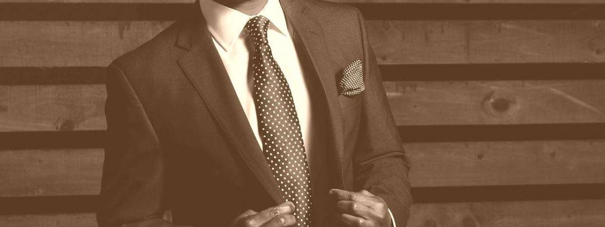 repasser cravate