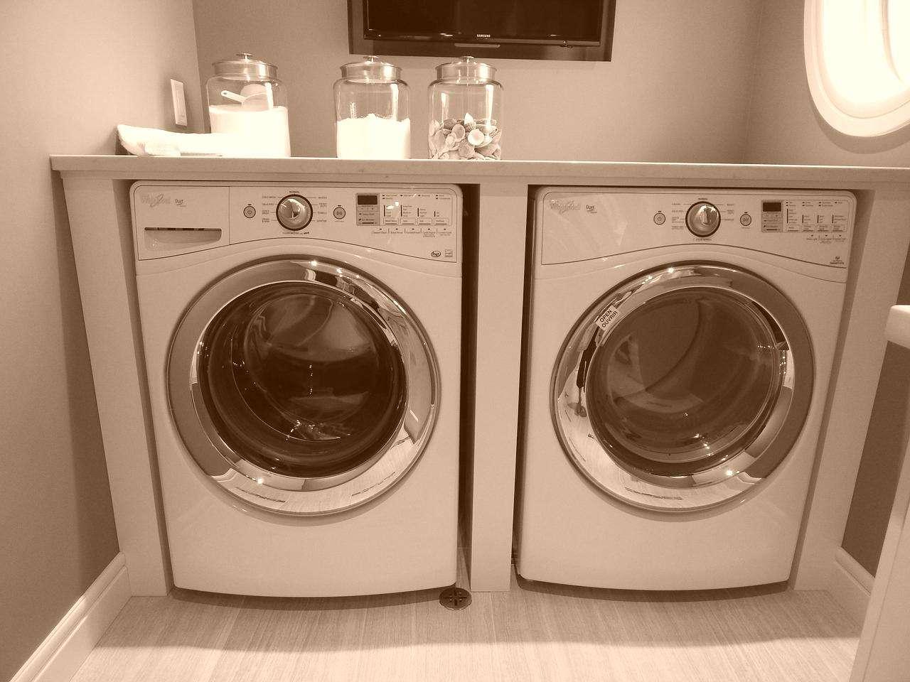 washing-machine-902359_1280-vintage