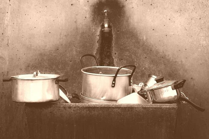 casseroles vintage en inox