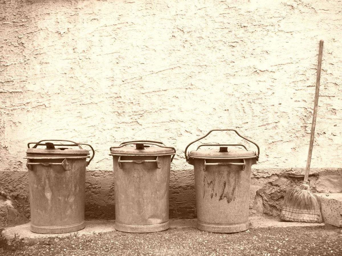 garbage-vintage